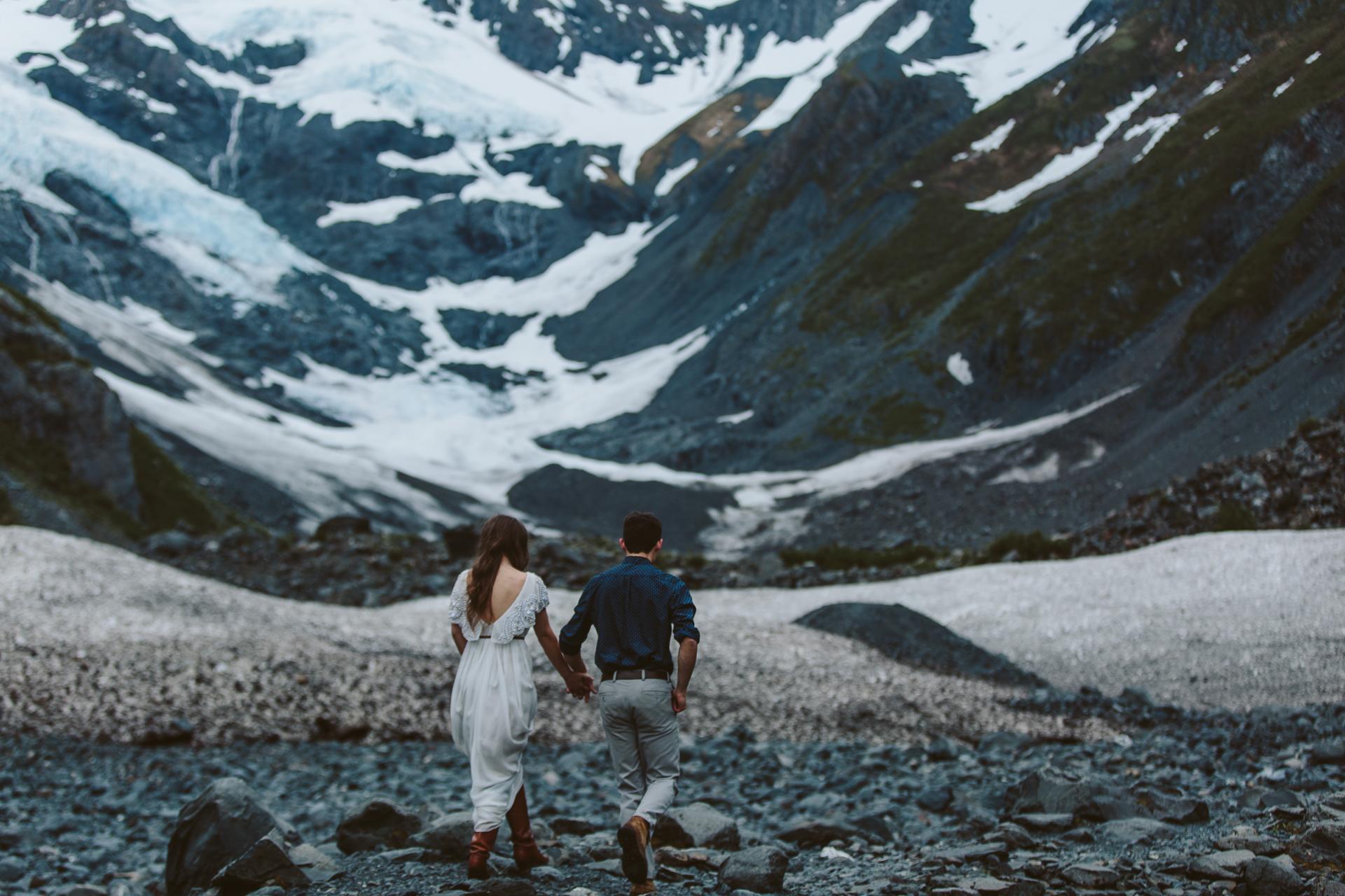 jess-hunter-photographer-alaska-destination-elopement-6145.jpg