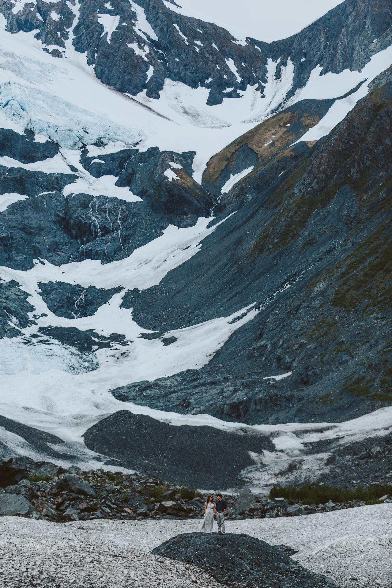 jess-hunter-photographer-alaska-destination-elopement-6169.jpg
