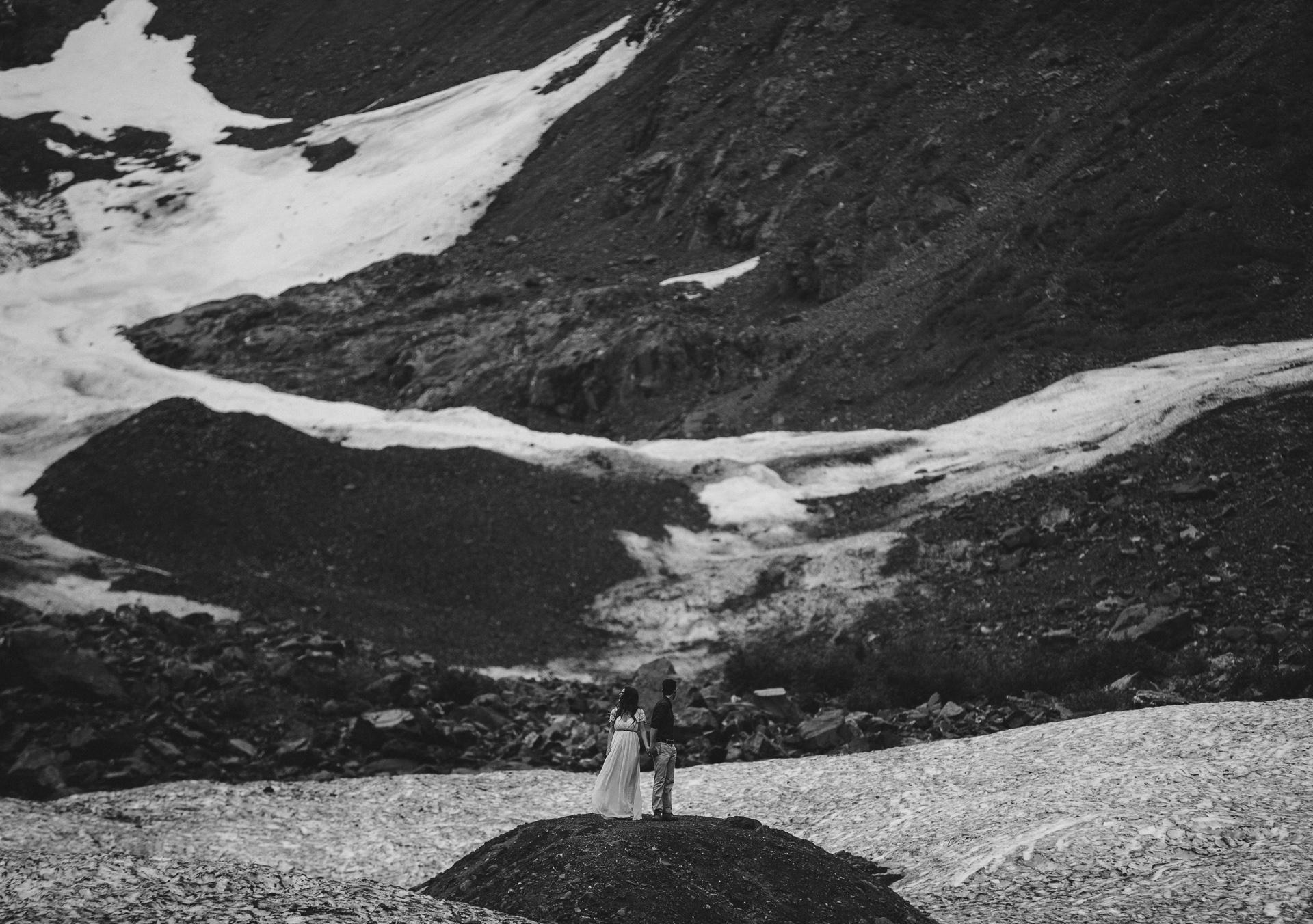 jess-hunter-photographer-alaska-destination-elopement-6177.jpg