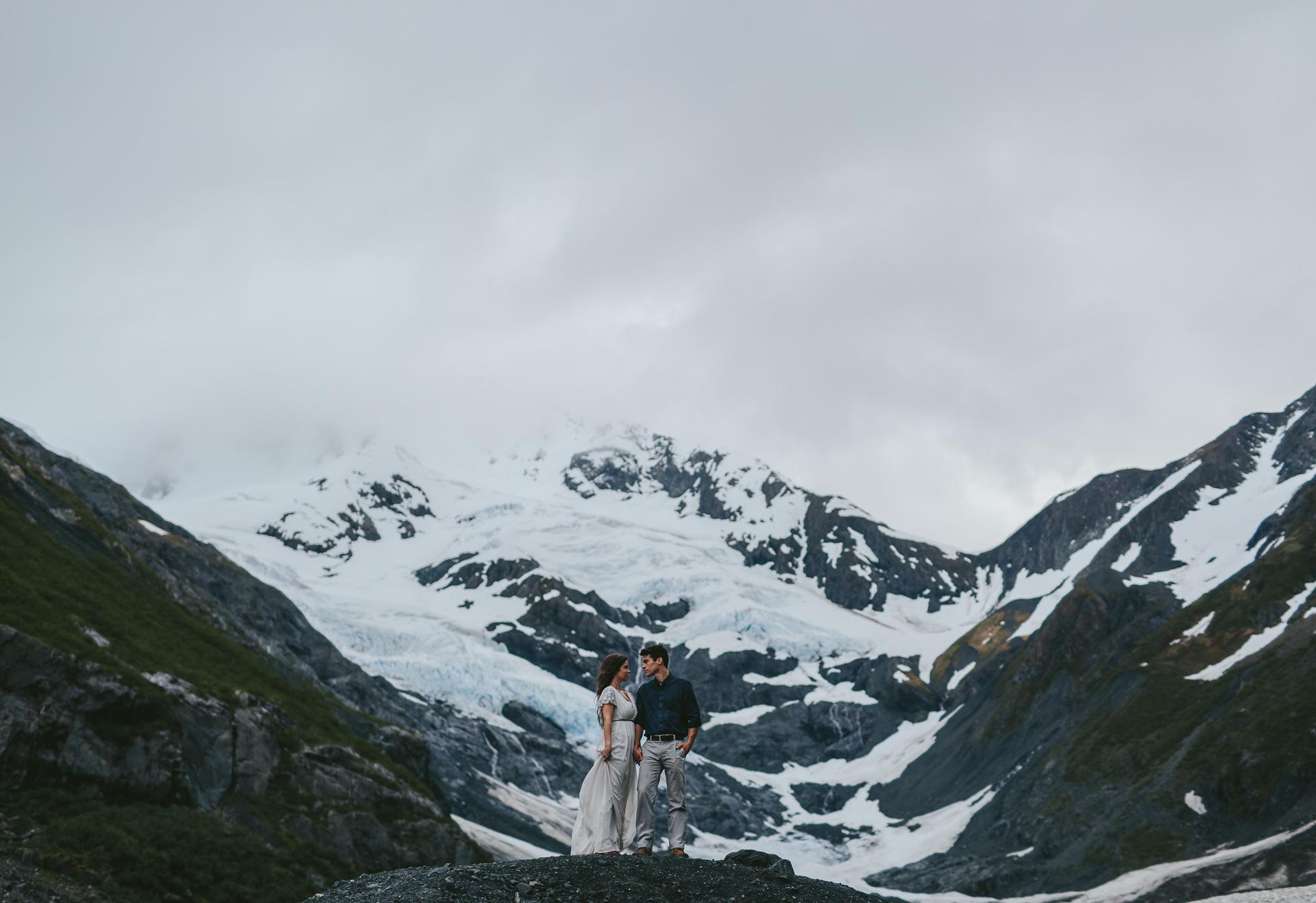 jess-hunter-photographer-alaska-destination-elopement-6197.jpg