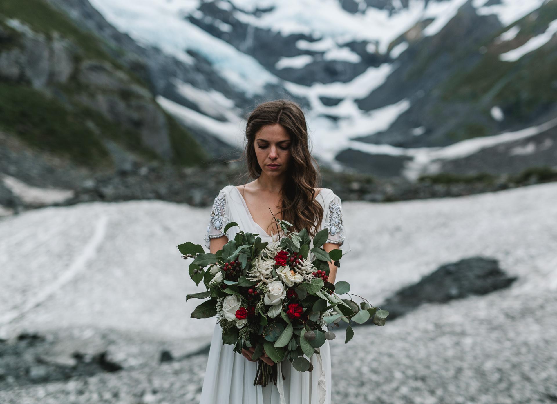 jess-hunter-photographer-alaska-destination-elopement-6330.jpg