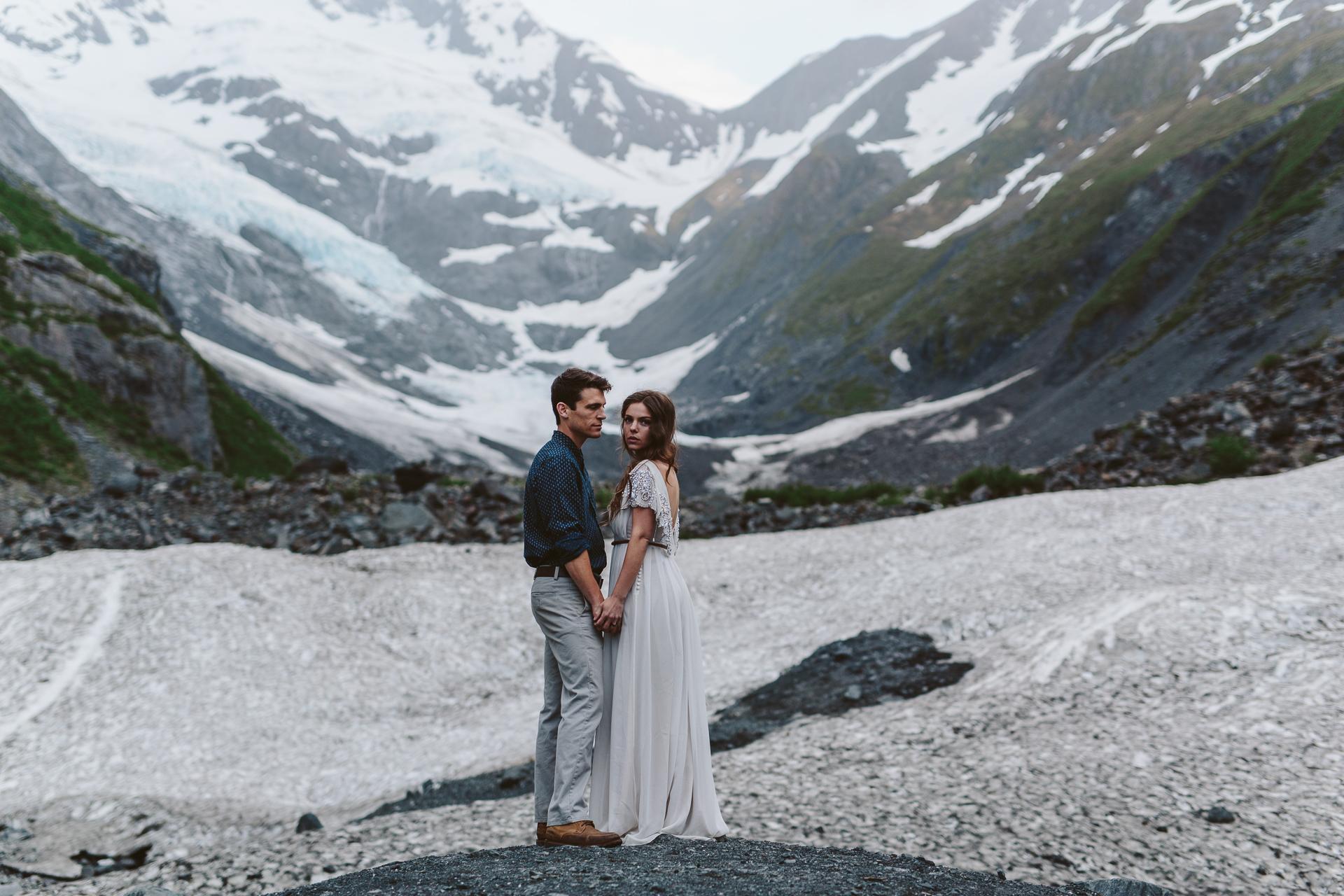 jess-hunter-photographer-alaska-destination-elopement-6402.jpg