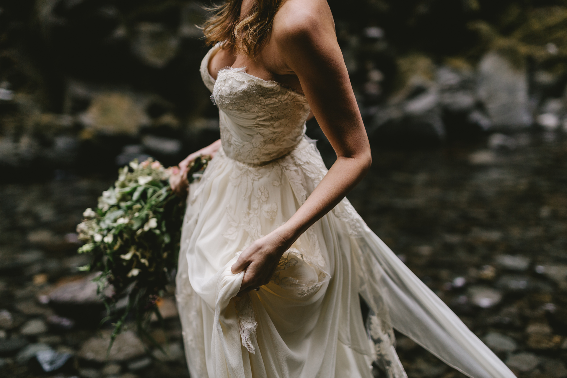 Oneonta Gorge, Oregon, Columbia River Gorge, adventurous Oregon elopement photographed by Jess Hunter, places to elope in Oregon,  Sarah Seven bride in Cascade gown, natural wedding in the Pacific Northwest, barefoot bride in the water