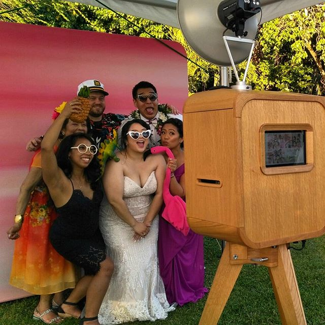 Congratulations Aubrey and Andrew! 🌴🌺🍍 Venue @loulupalm Coordination @savvyweddings  Photography @ifloydphotography  Video @islemedia #flashfab #flashlabhawaii #theflashlab #oahuparties #oahuweddings #hawaiiphotobooth #oahuphotobooth #party #love #bride #groom #tropicalwedding #weddingphotobooth #openairphotobooth #thatsdarling #colorcrush #weddingprofessionals #destinationwedding #loulupalm