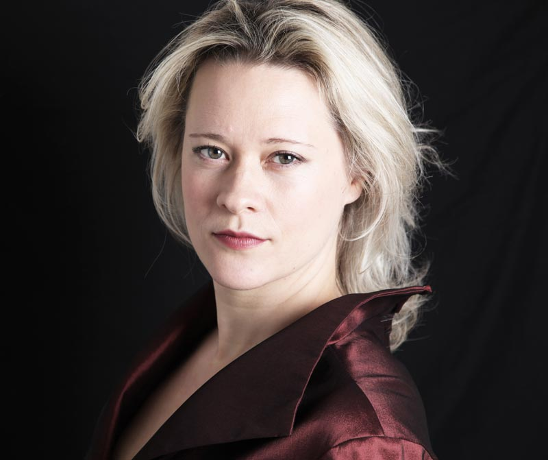 Ilona-Domnich-1.jpg