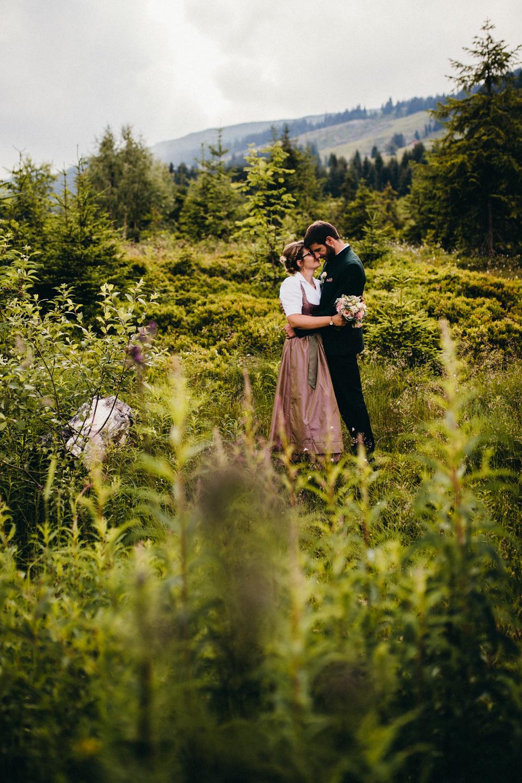 Hochzeitsreportage vogelsfotos destination Saalbach M&W-111.jpg