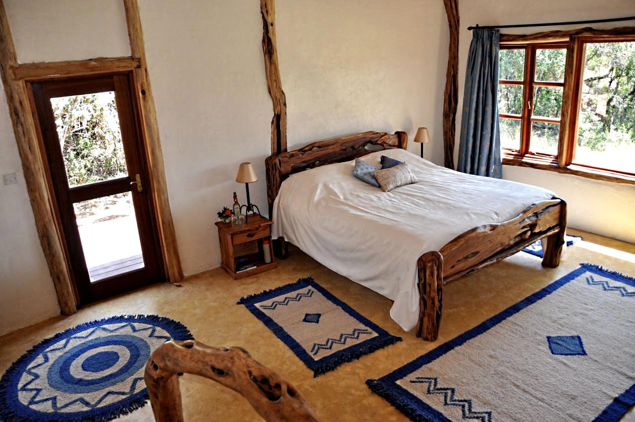 Mara-House-view-of-bedroom-LR.jpg