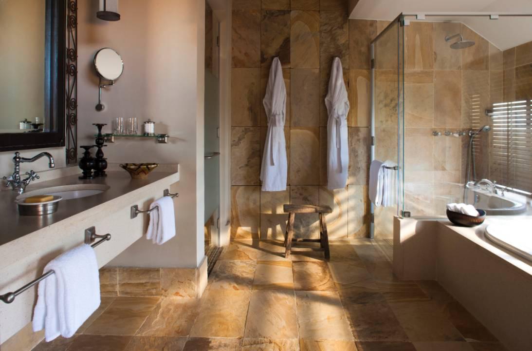 Four Seasons Serengeti bathrooms.jpg