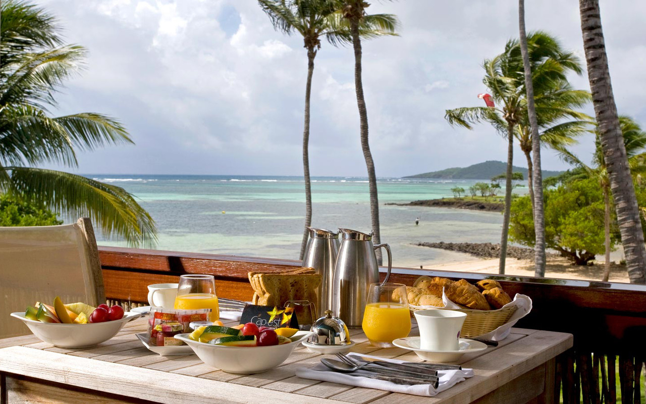 Caribbean-Martinique-Cap Est Lagoon-Breakfast.jpg
