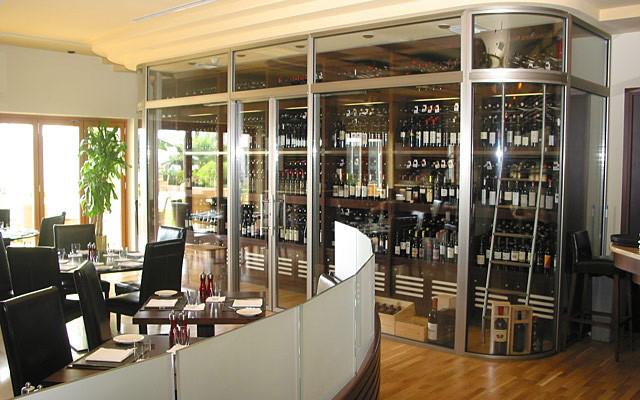 Grand Cayman - Lucas restaurant.jpg