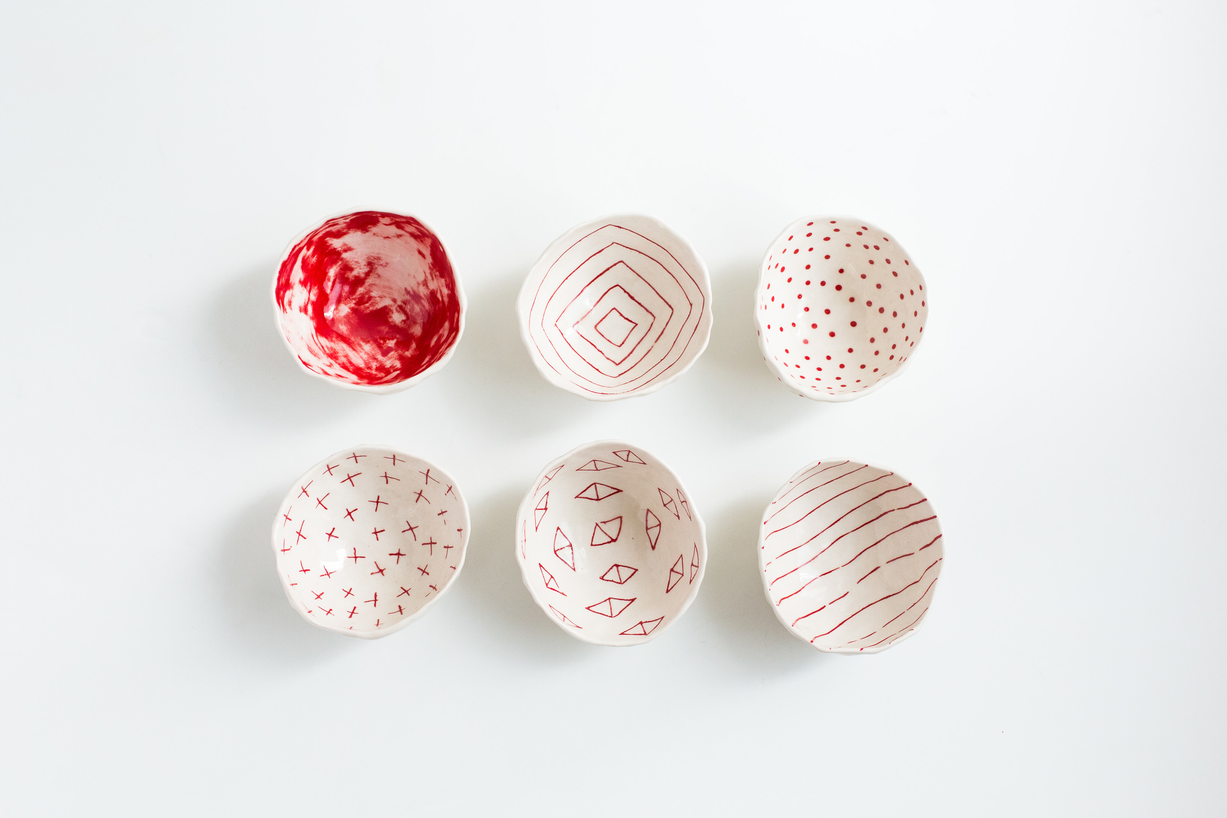 Red Patterned Pinch Bowl Set