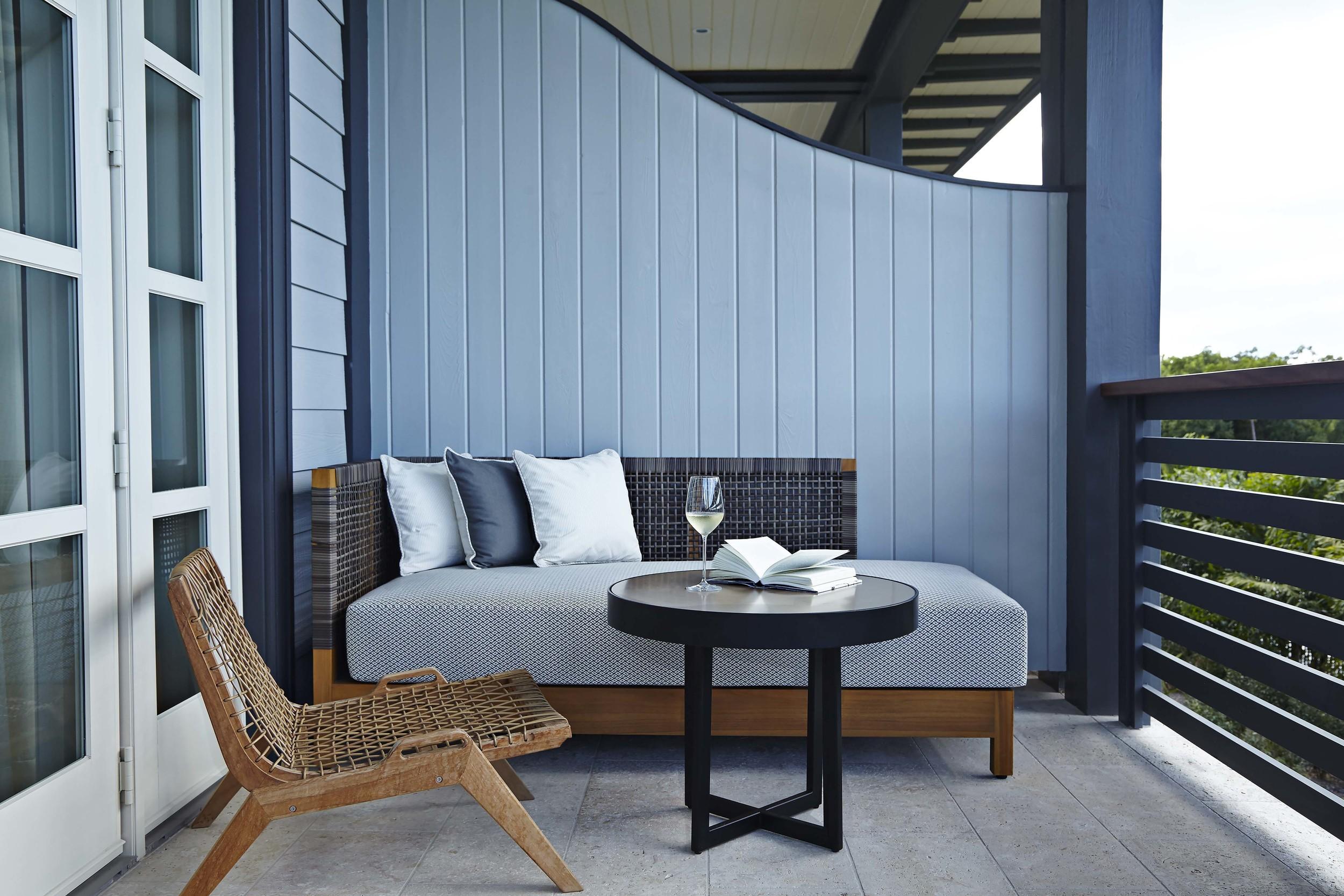 Island_House_Oceanview_Room_Balcony2.jpg