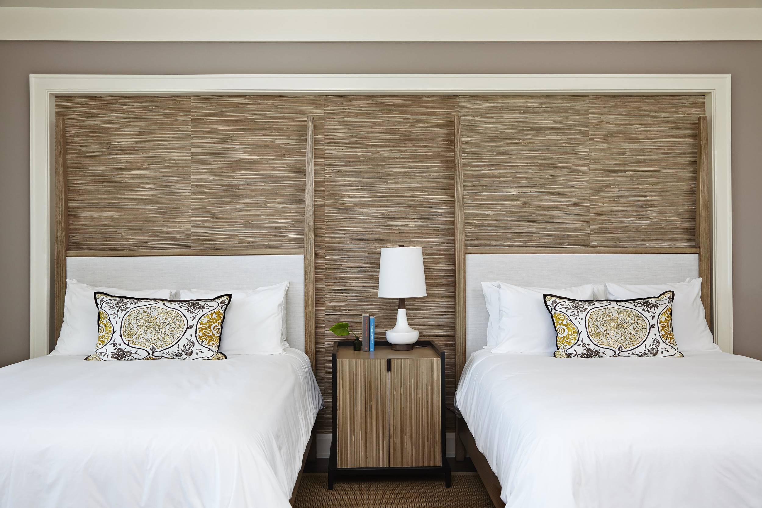 Island_House_Guestroom_Double_Queen copy.jpg