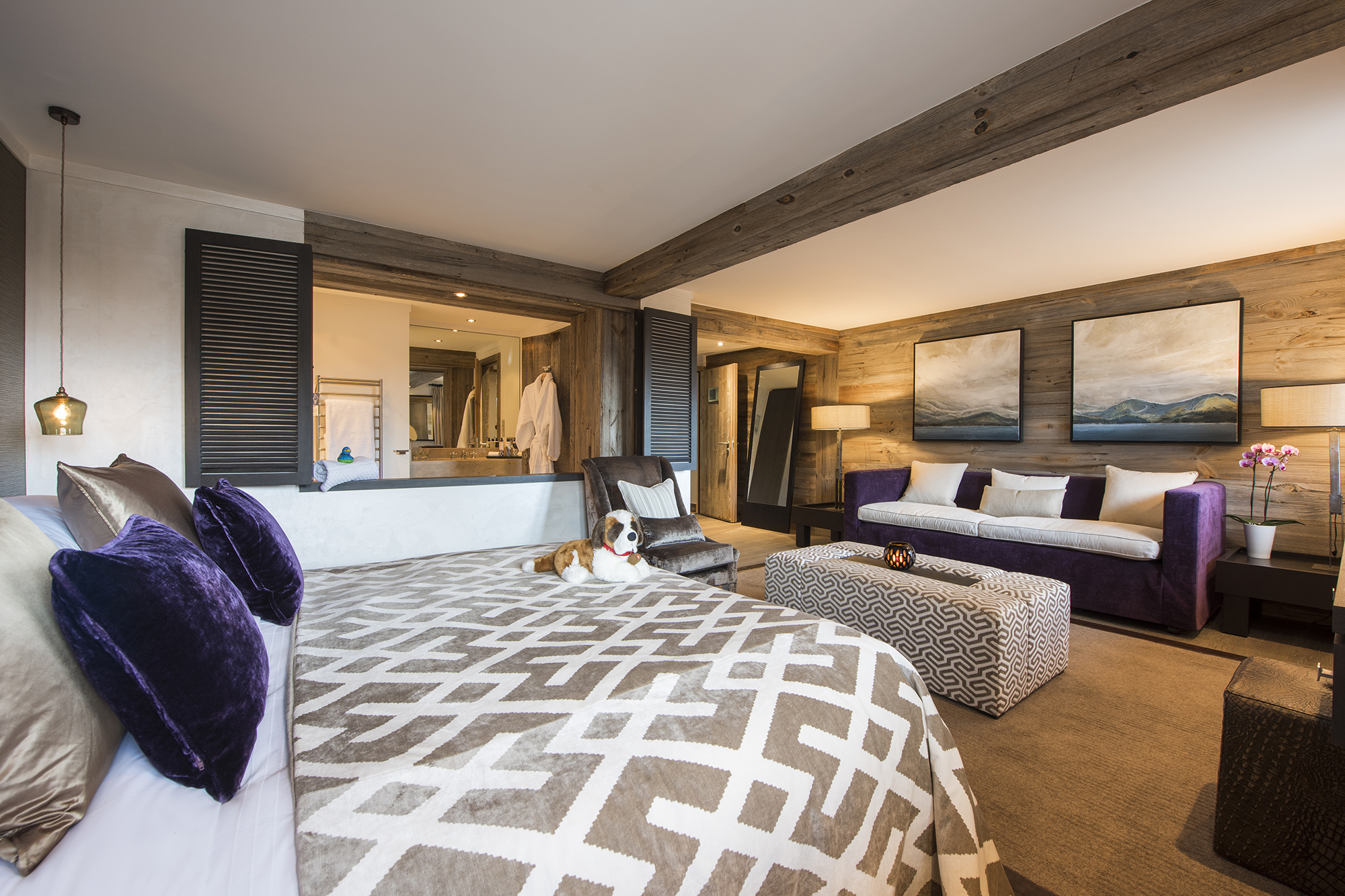 the-lodge-room-2-seating.jpg