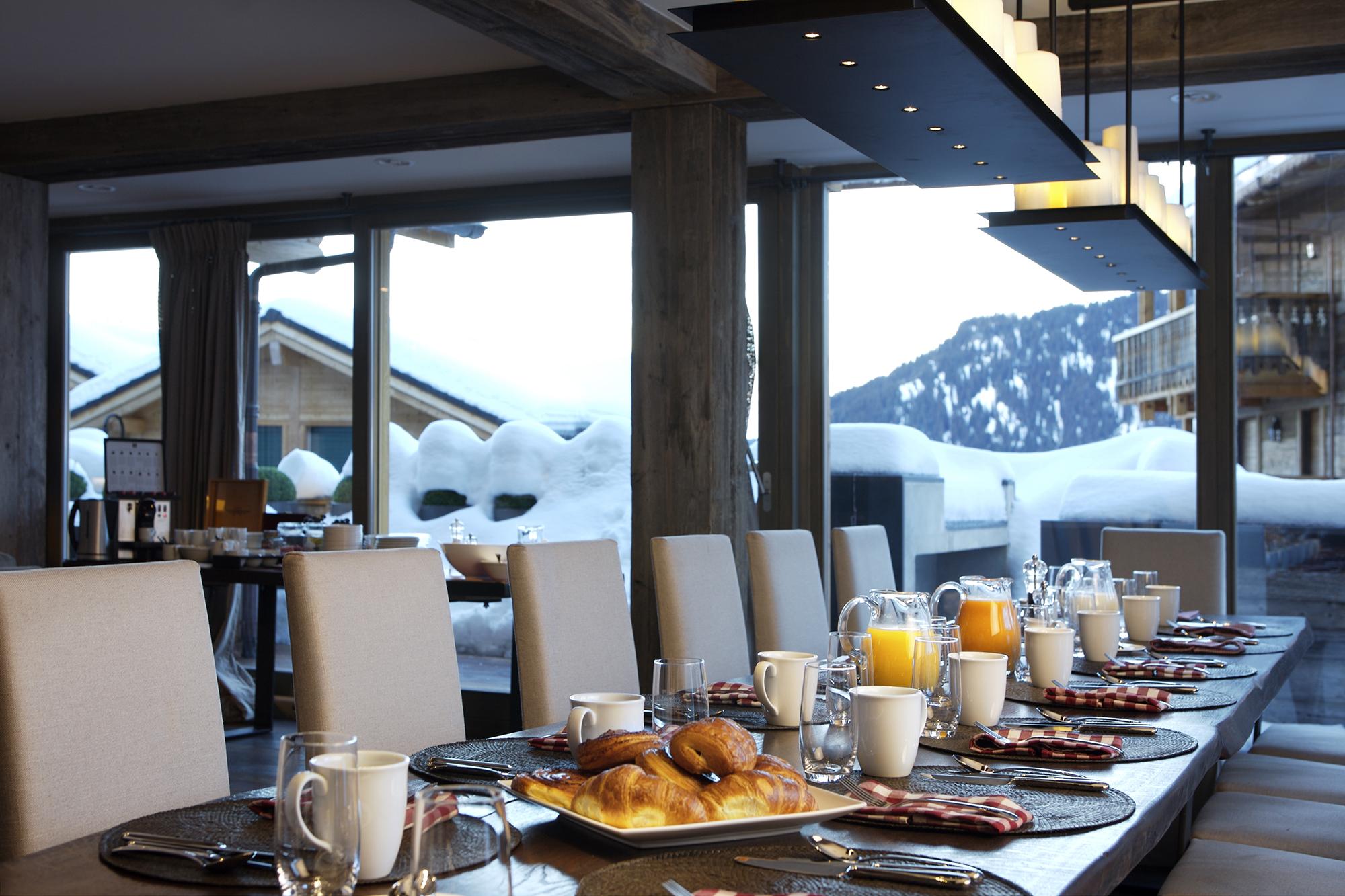 the-lodge-breakfast.jpg