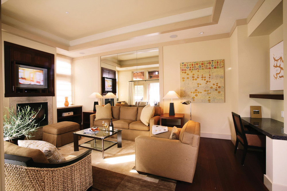 IndoorLivingroom-XL.jpg