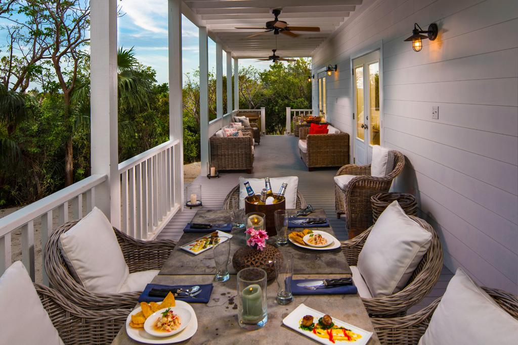 Caribbean_Bahamas_HarbourIsland_PinkSands_Estate3.jpg