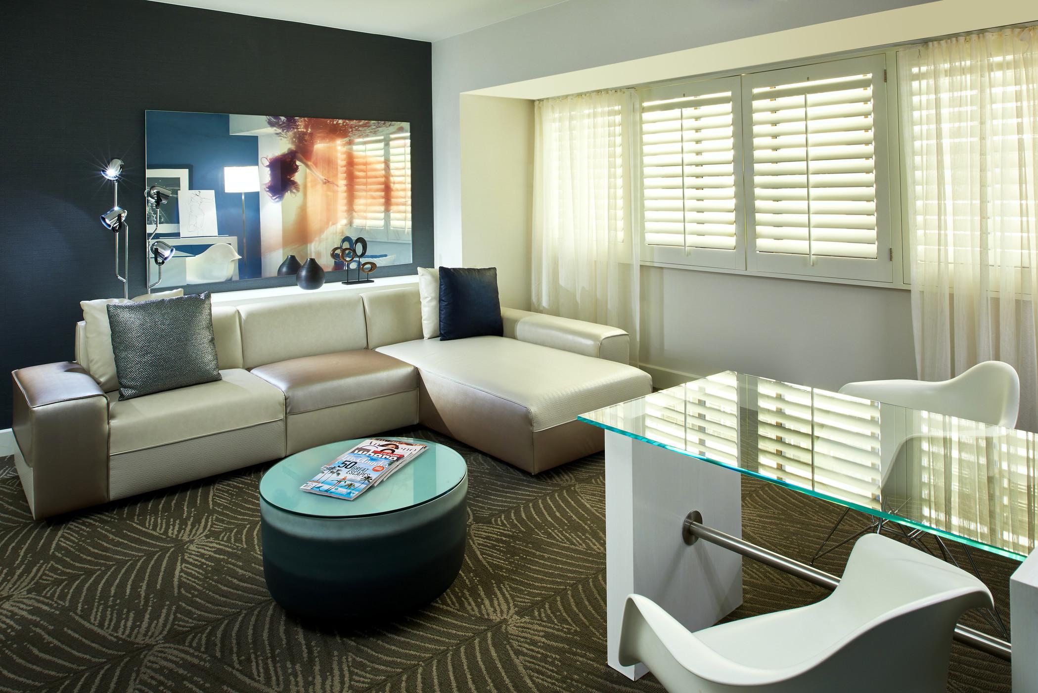 Spectacular King Living Room.jpg