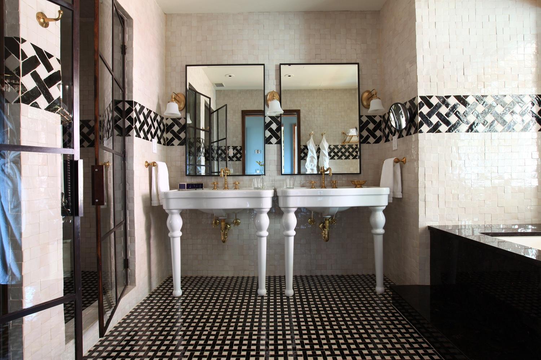 greenwich-hotel-N.-Moore-Suite-Master-Bathroom-2-Low.jpg
