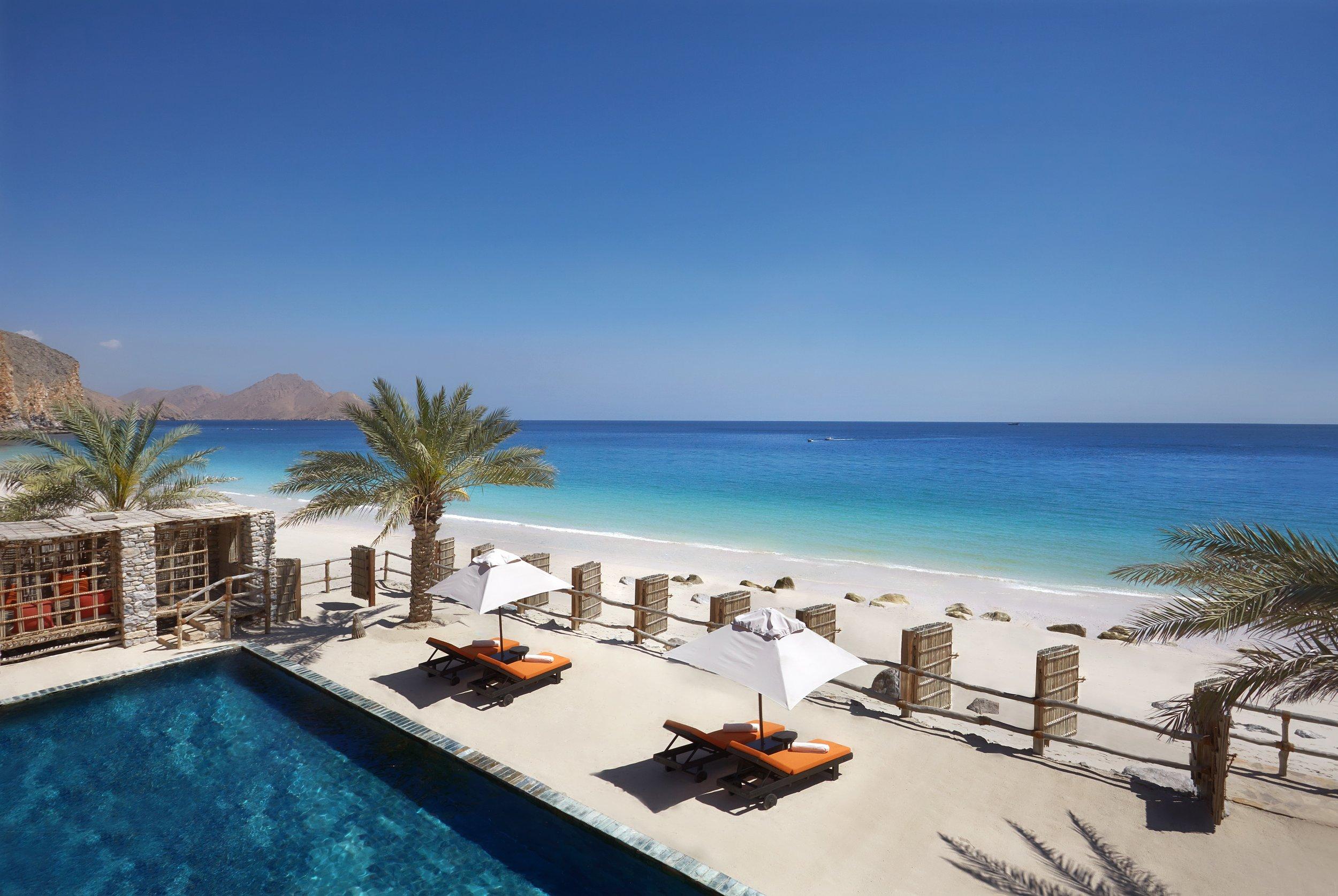 Two_Bedroom_Beachfront_Retreat_exterior_4_[6867-A4].jpg