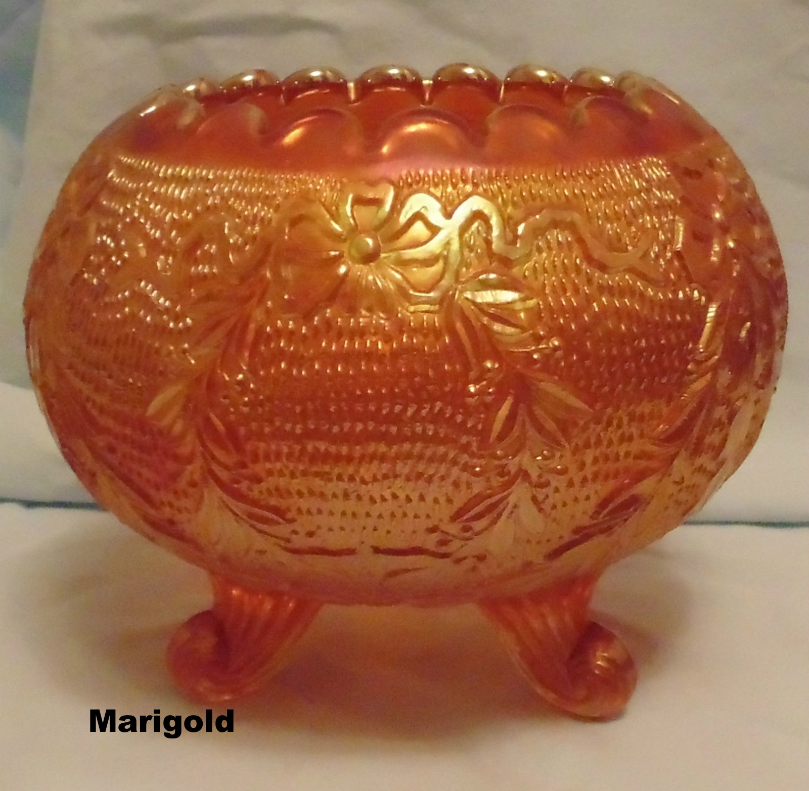 Marigold color