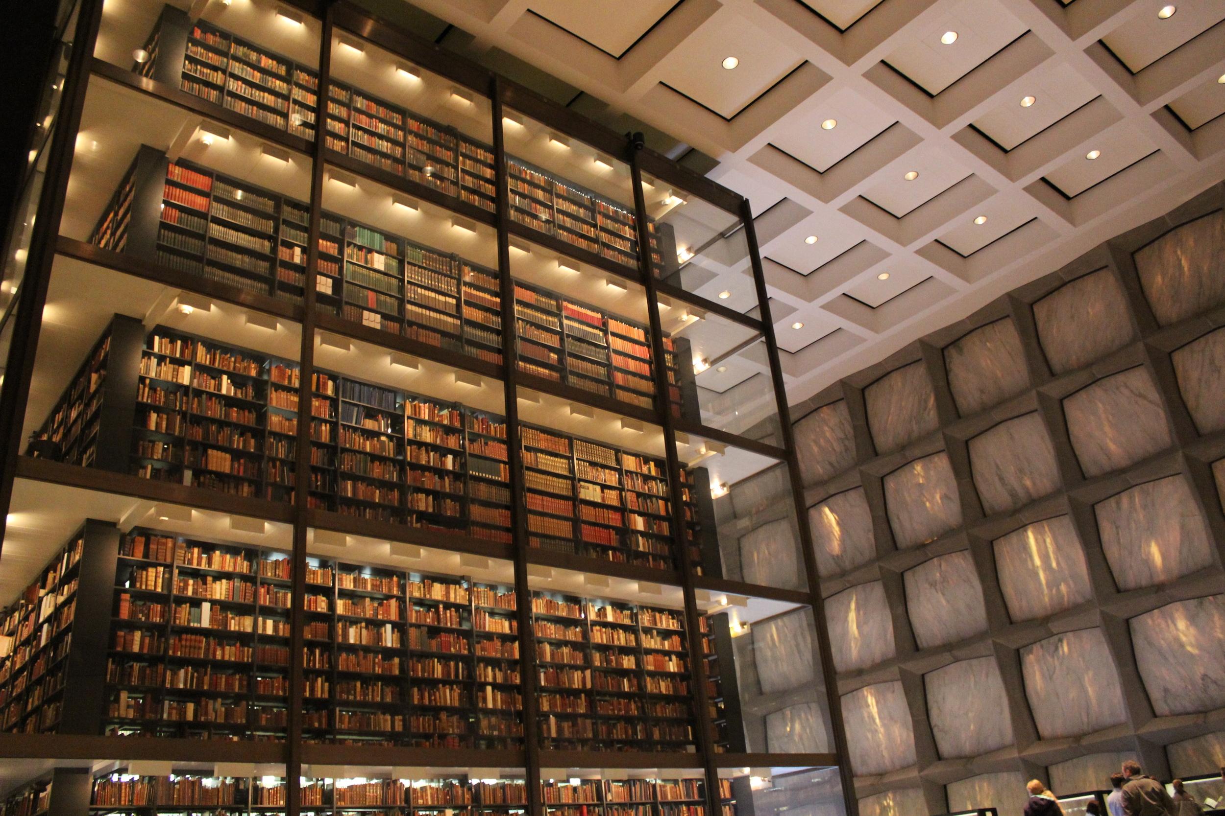 Beineke Rare Book Library.JPG