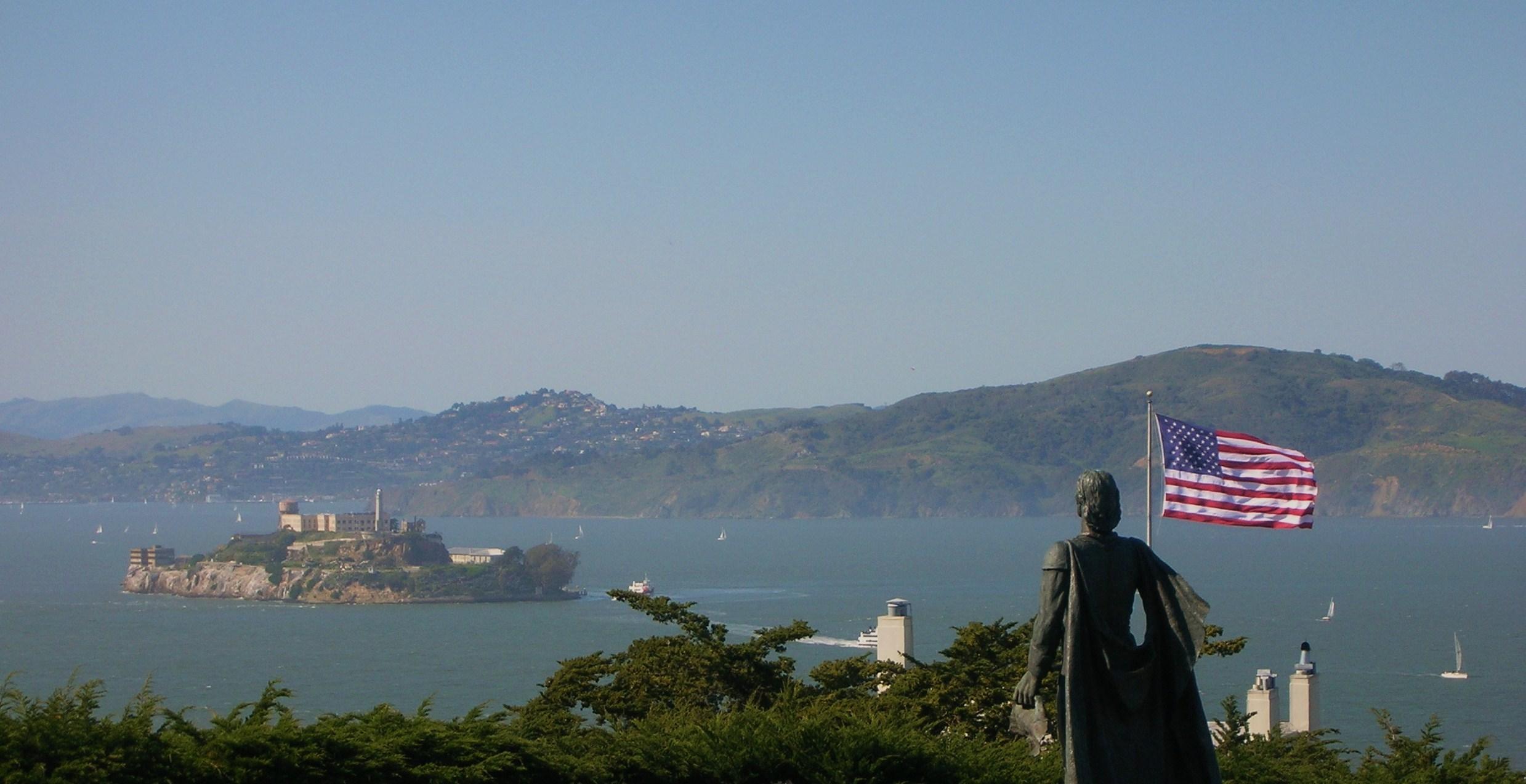 01 Alcatraz from Coit Tower.jpg