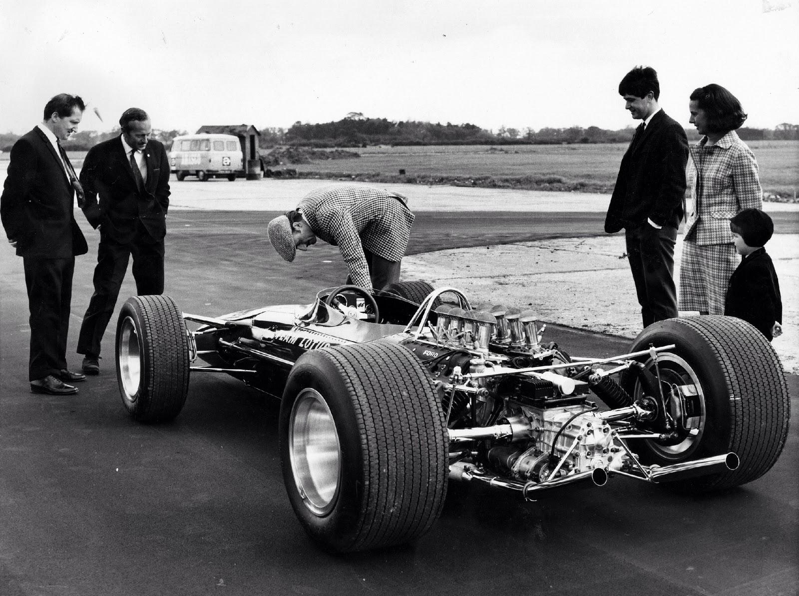 Lotus 49.jpg