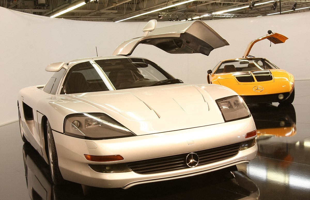 The C112 in front of the C111