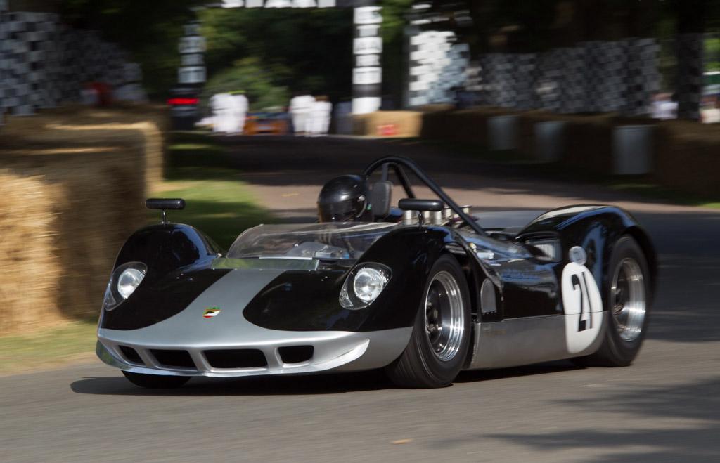 The McLaren M1A