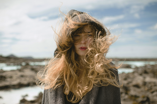 PHOTOGRAPH: COLE ROBERTS  MODEL: KATLA ÁSGEIRSDÓTTIR