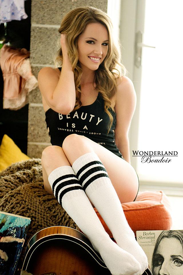 Wonderland Boudoir Best Dallas Boudoir Photographer
