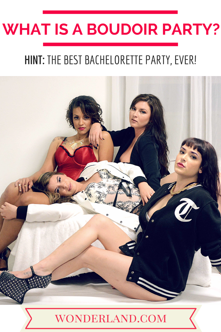 What is a Boudoir Party? A boudoir party is a great for wedding's gifts, groom's gift, birthdays, and a girls night out. #Dallas #Boudoir