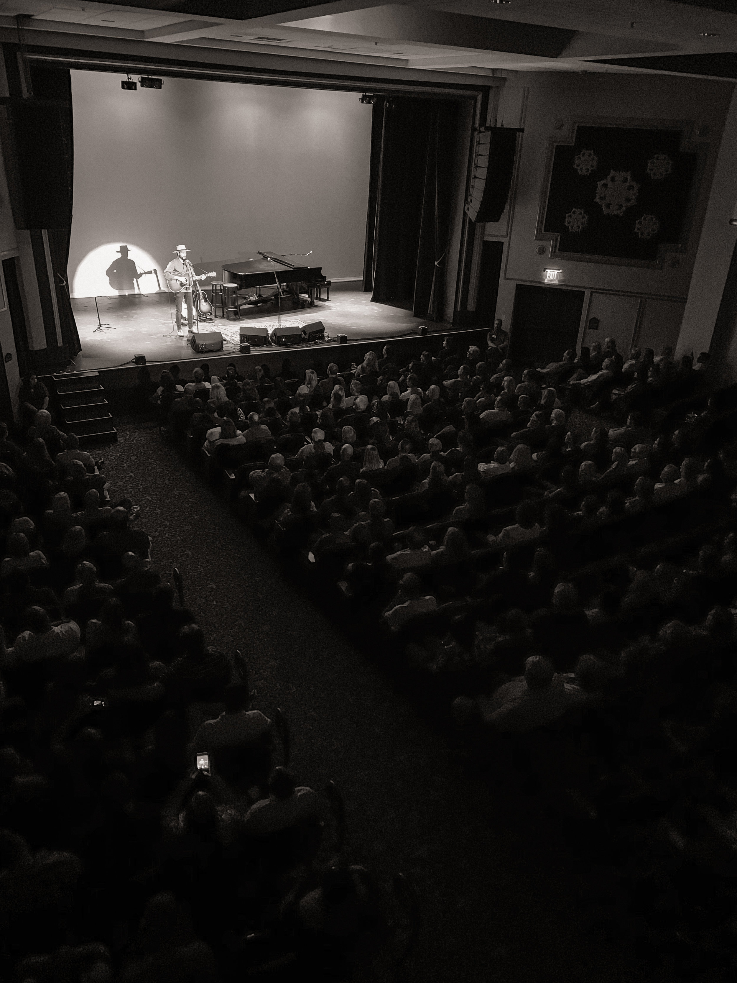 Michael_McArthur_Capitol_Theatre.jpg