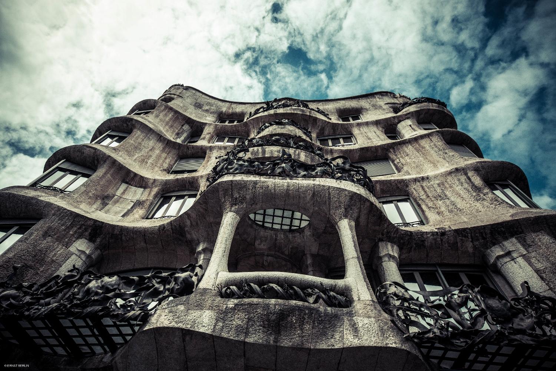 14-Gaudi's La Pedrera (1500x1000).jpg