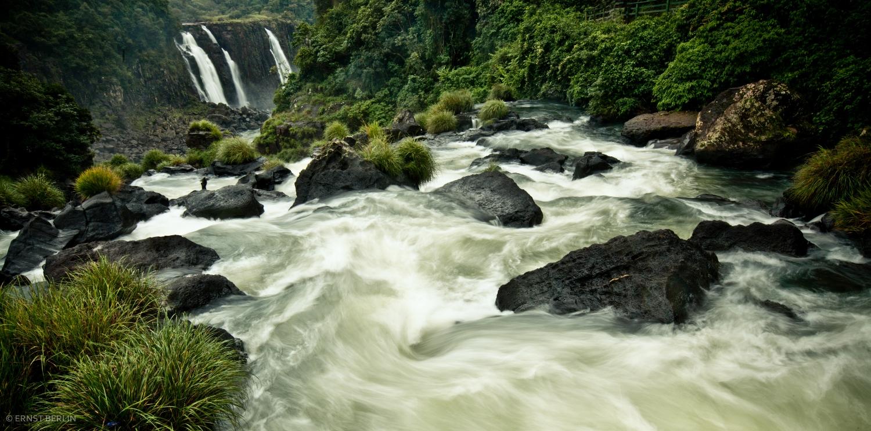 Iguazu Falls Brazil (1500x744).jpg