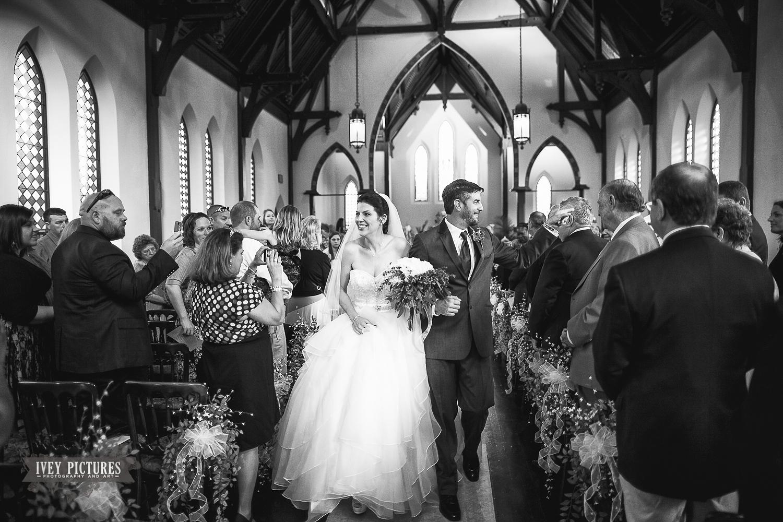 st andrews episcopal church wedding photo 5.jpg