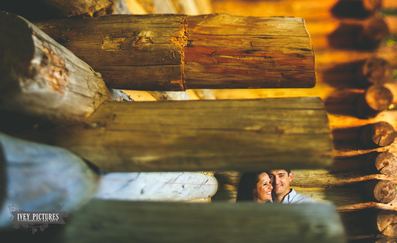 log cabin engagement photos in florida