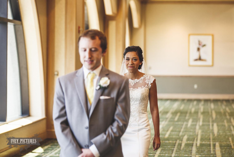 first look jacksonville wedding