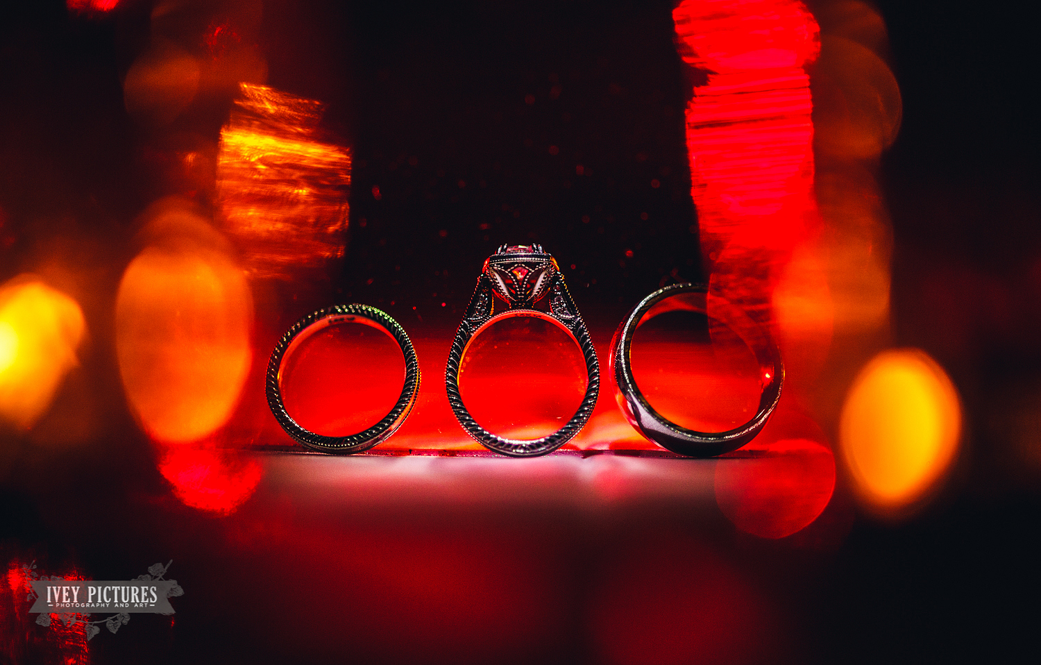 creative wedding ring photos shot with ziess