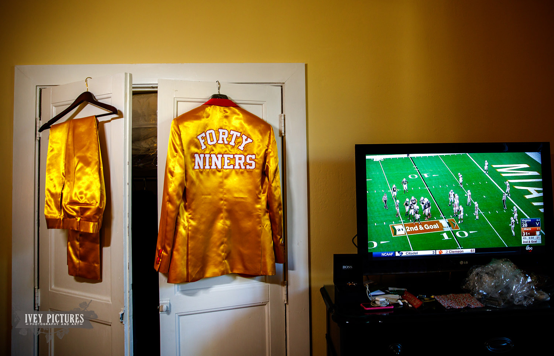 Custom 49ers suit.jpg
