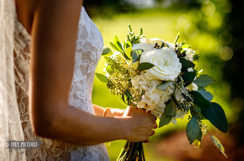 Melanie Deyton wedding florist.jpg