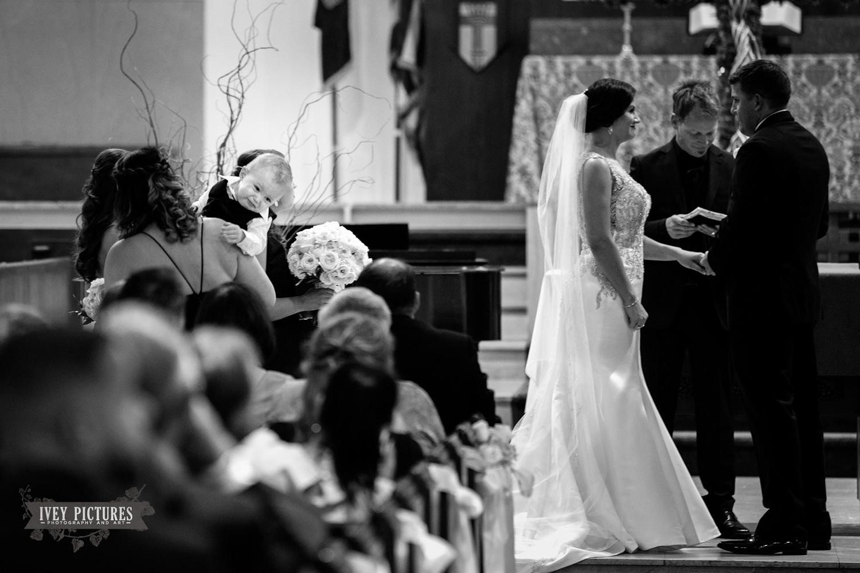 ring bearer crying during wedding