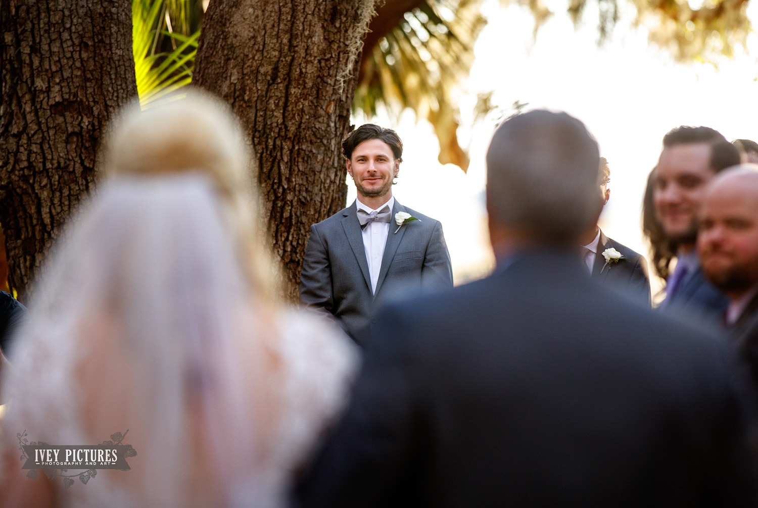 groom seeing bride
