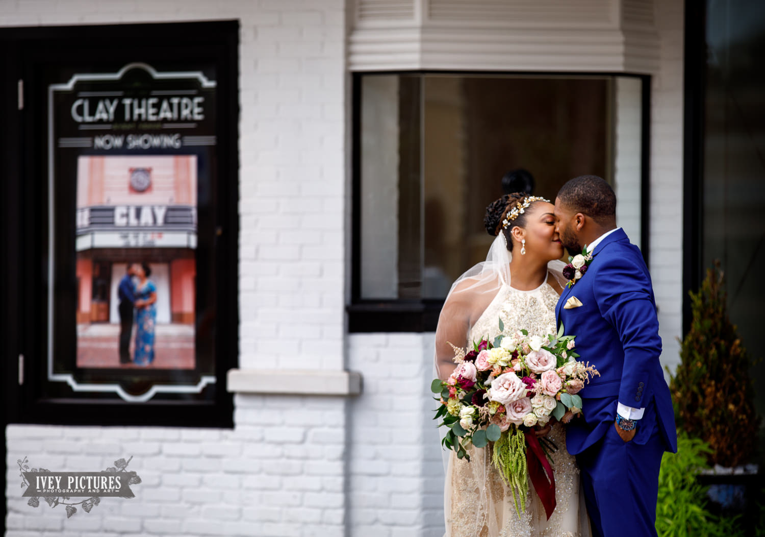 best clay theatre wedding photos