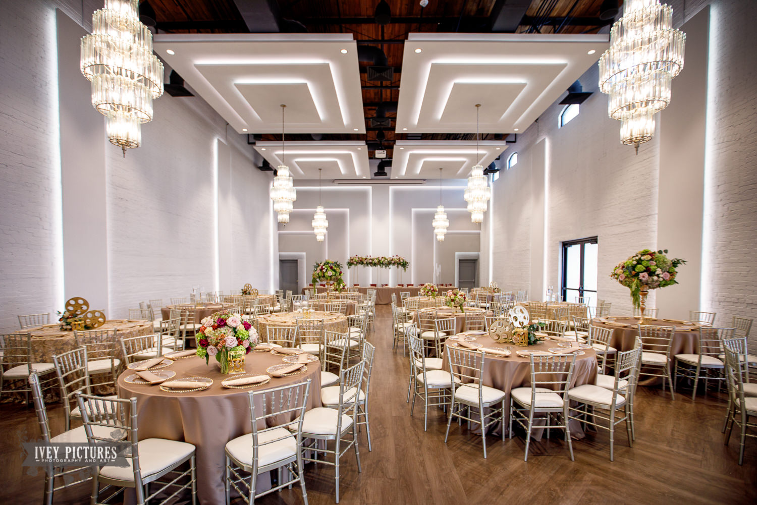 Clay Theatre ballroom at wedding