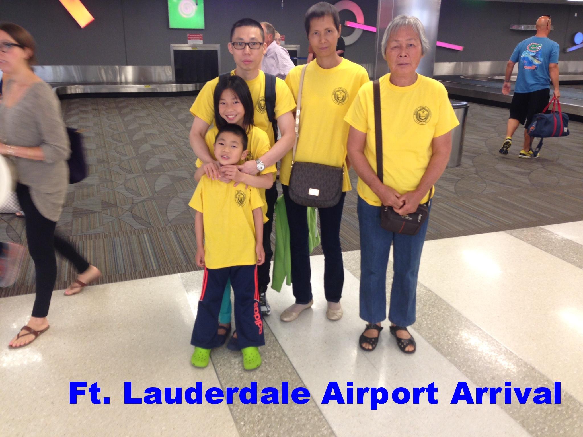 AIRPORT MO FAMILY.jpeg