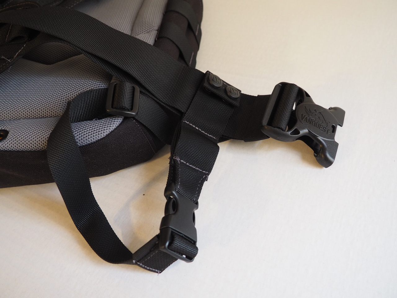 Stabilizing  cross strap, removable