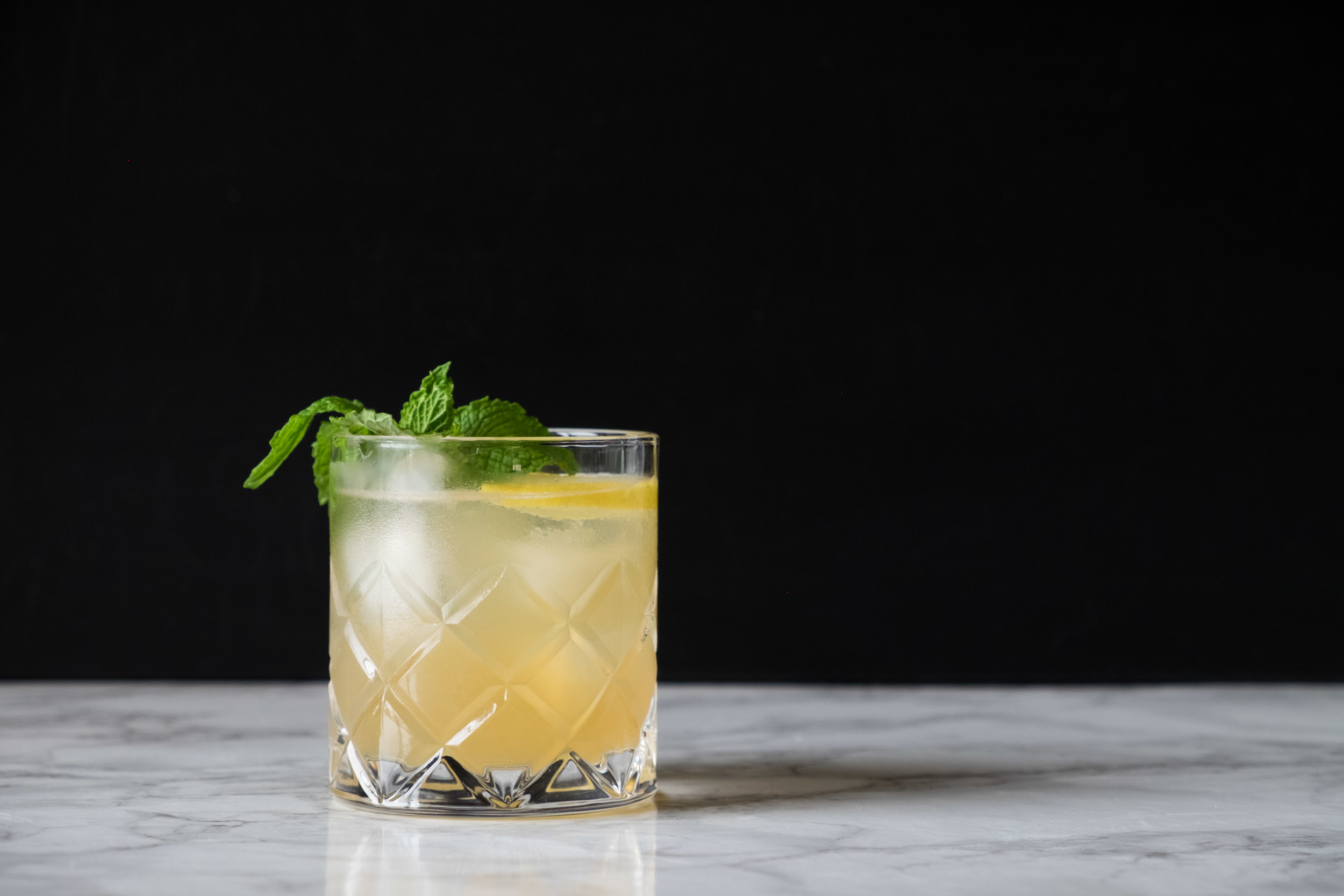 Whiskey and Ginger Smash