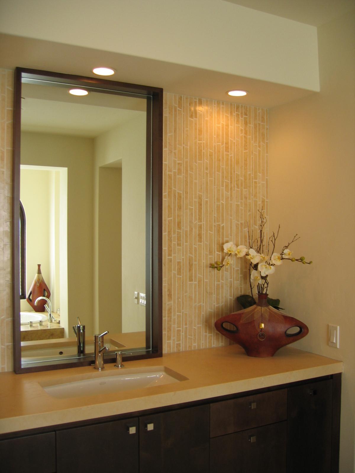 15 Modern Bath.jpg